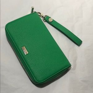 Thirty-one jewell green wallet